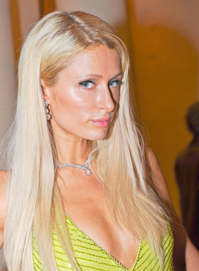 Paris Hilton's Long, Blonde, Straight Hairstyle