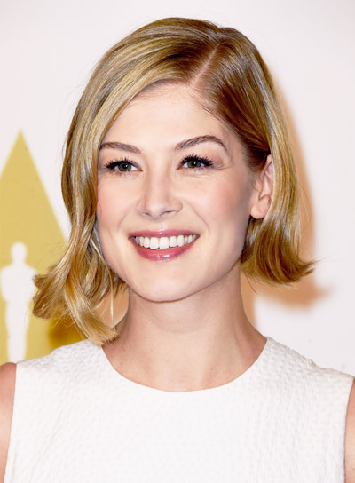 Rosamund Pike with a Short, Blonde, Funky, Bob Hairstyle Pictures
