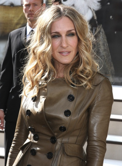 Sarah Jessica Parker Blonde, Tousled, Wavy Hairstyle