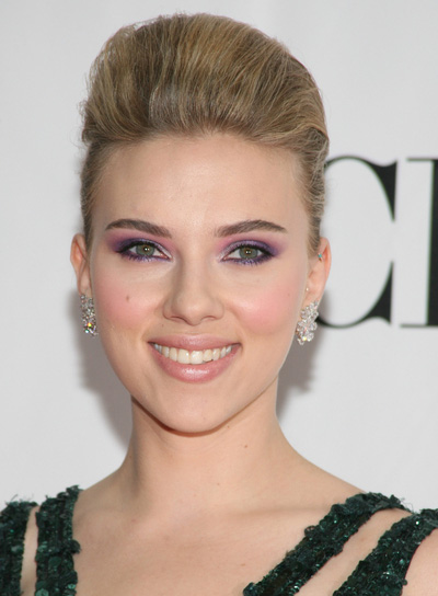 Scarlett Johansson Sophisticated, Blonde Updo