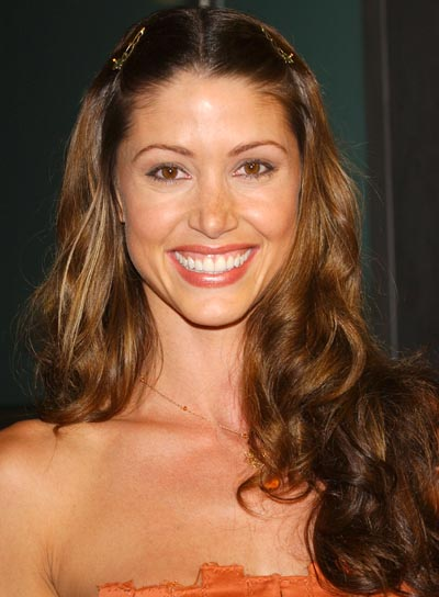 Shannon Elizabeth Long, Curly Hairstyle