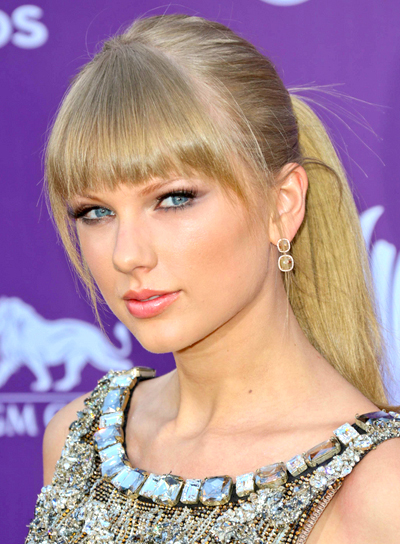 Taylor Swift's Blonde, Chic, Ponytail with Bangs Hairstyle
