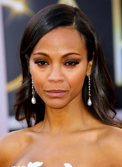 Zoe Saldana's Long, Wavy, Chic, Brunette Hairstyle
